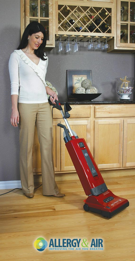 Bagged Vacuum Cleaners: The Pros & Cons